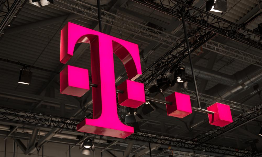 T-Mobile Stock Falls on Earnings Beat, Revenue Miss