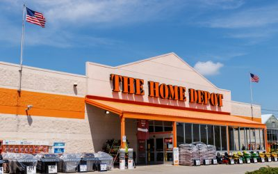 Home Depot Misses Revenue Estimates, Cuts 2019 Outlook